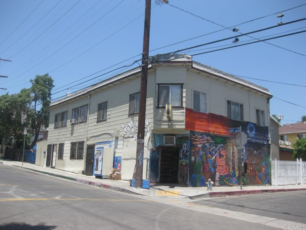 1253 W Court Street Los Angeles, CA 90026