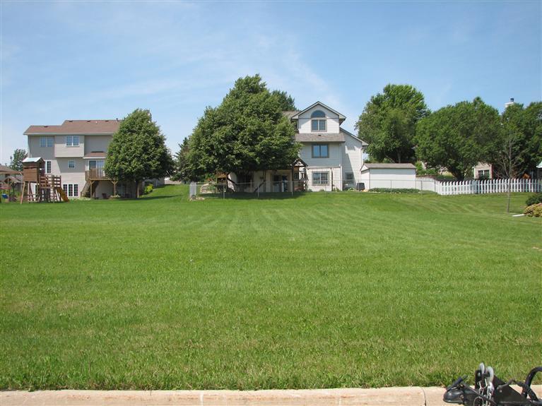 Real Estate for Sale, ListingId: 24005562, Newton,IA50208