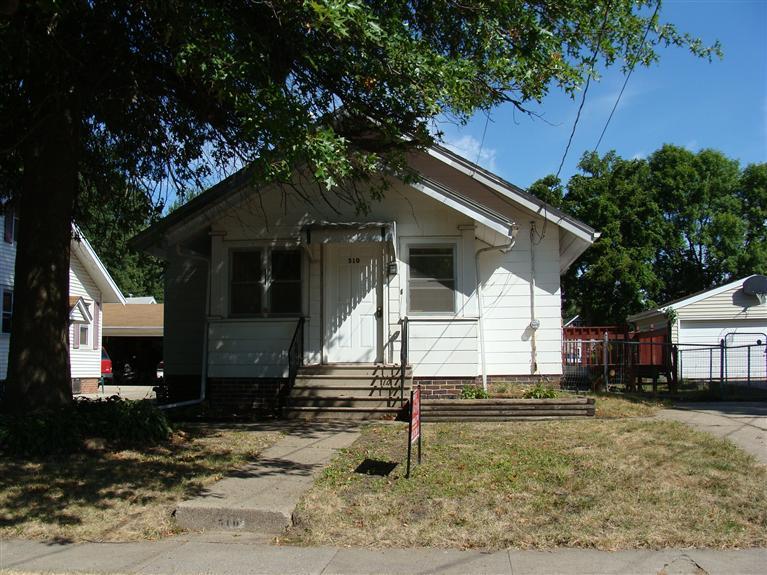 Real Estate for Sale, ListingId: 25063676, Newton,IA50208
