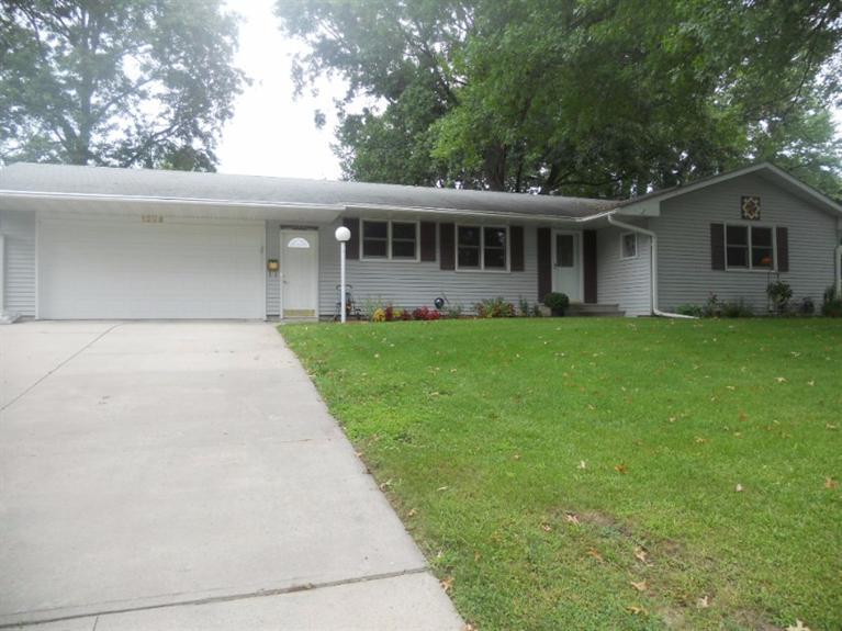 Real Estate for Sale, ListingId: 34906677, Newton,IA50208