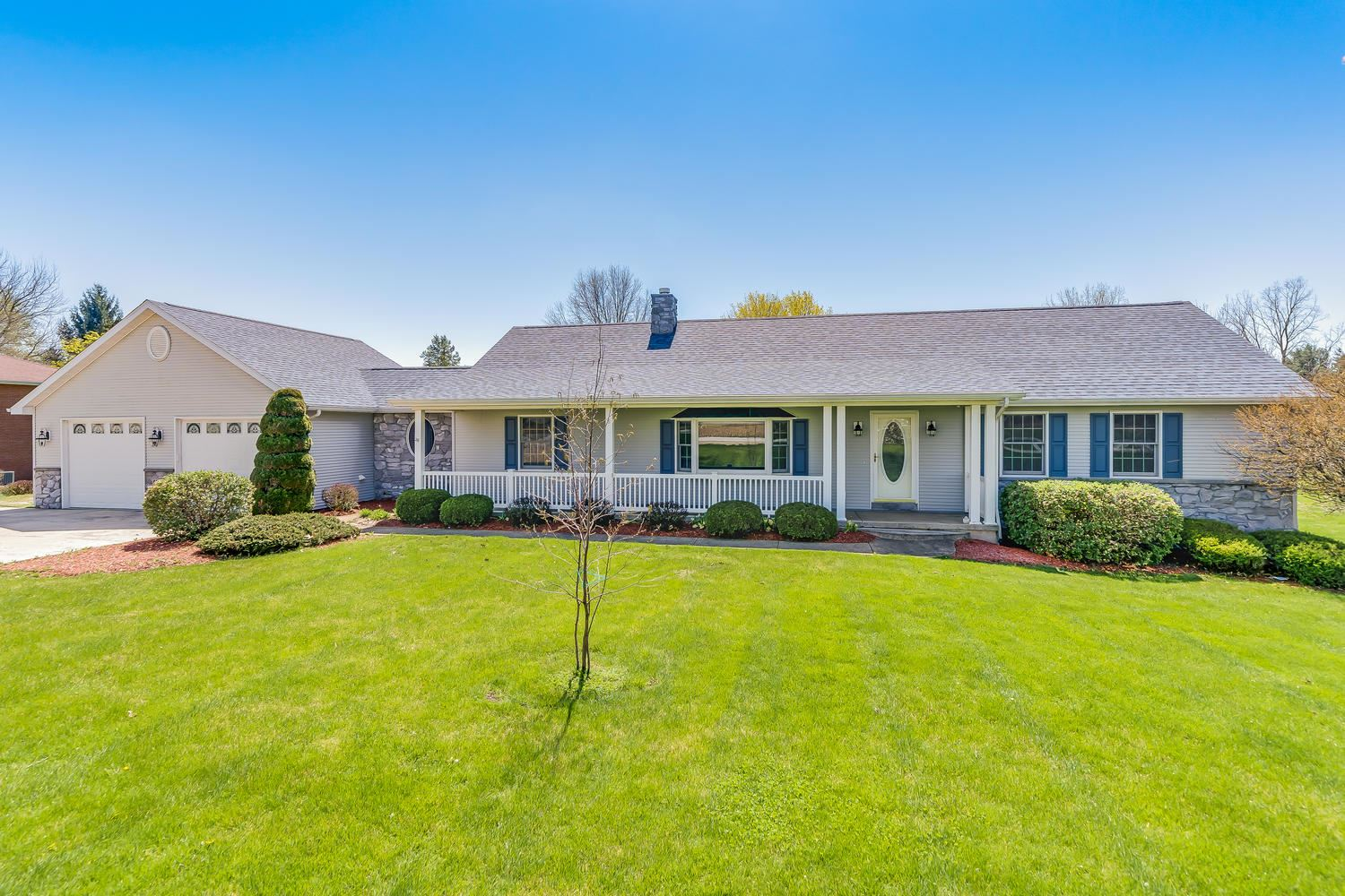 8182 Sr 17 Road Plymouth, IN 46563