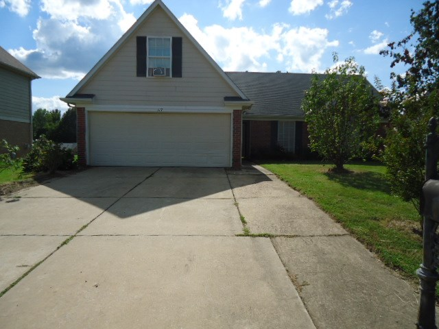 Photo of 117 Oakleigh Drive  Batesville  MS