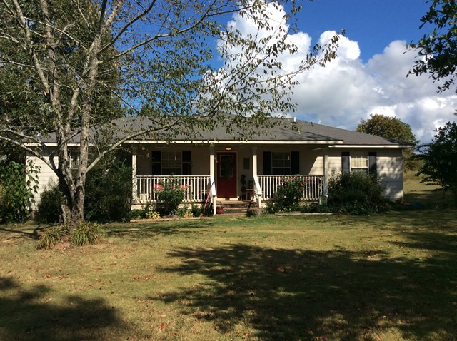 307 County Road 208, Abbeville, MS 38601