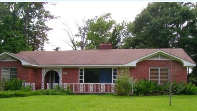 Photo of 309 Jackson St  Calhoun City  MS