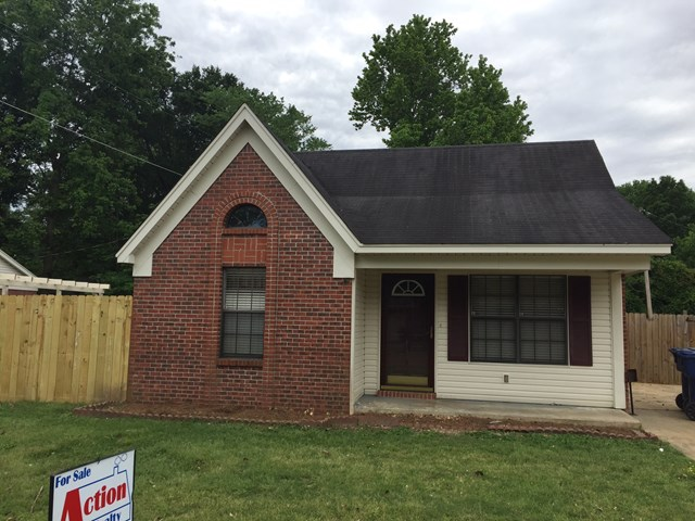 Photo of 106 Dabney ST  Batesville  MS
