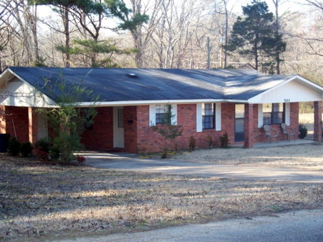 Photo of 703 Airways Drive  Water Valley  MS