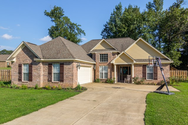 Photo of 310 Fox Hollow Cove  Taylor  MS