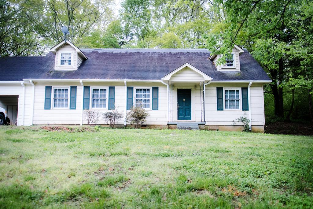 4 East Long Abbeville, MS 38601