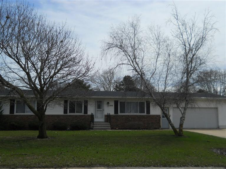Real Estate for Sale, ListingId: 22403701, Strawberry Pt, IA  52076