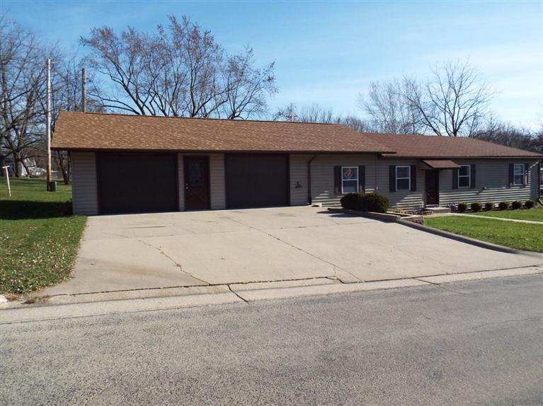 Real Estate for Sale, ListingId: 23719190, Strawberry Pt, IA  52076