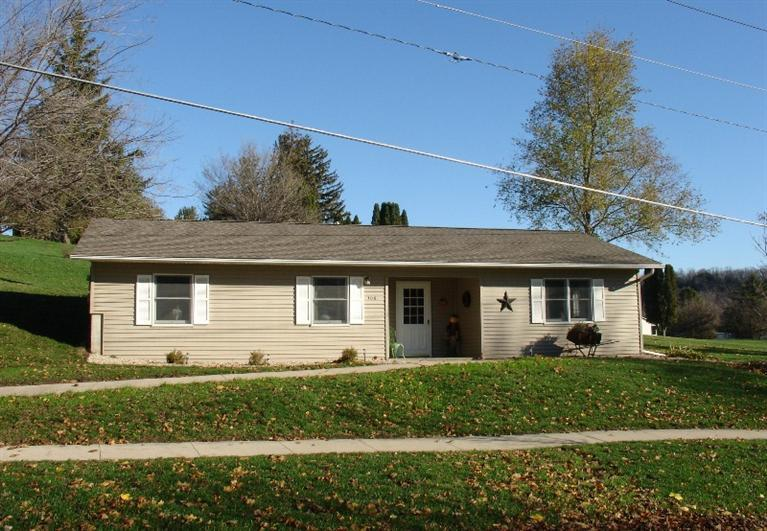 708 Rural Ave, Decorah, IA 52101