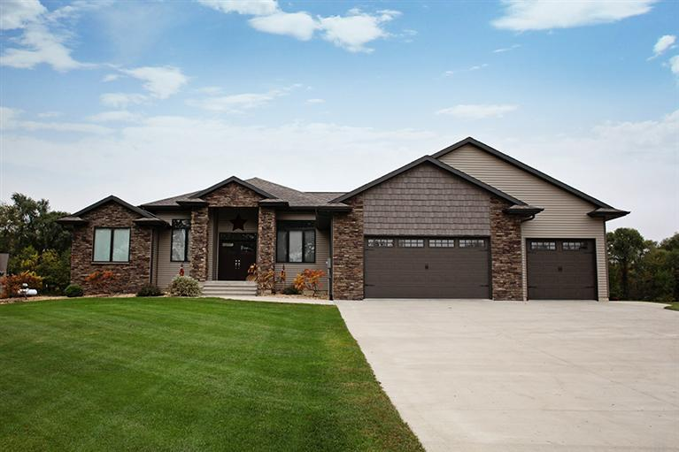 Real Estate for Sale, ListingId: 25620267, Dyersville,IA52040
