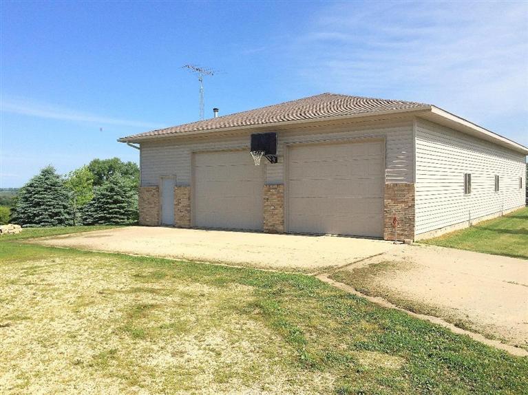 29.98 acres by Decorah, Iowa for sale