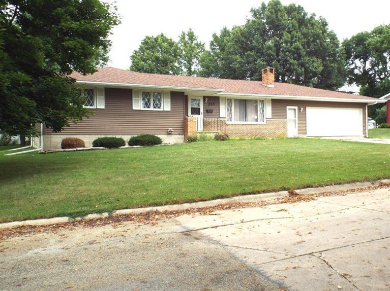 Real Estate for Sale, ListingId: 29696785, Strawberry Pt,IA52076