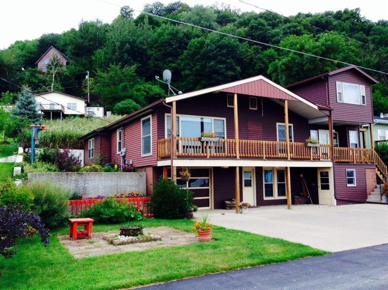 Real Estate for Sale, ListingId: 29743525, Lansing,IA52151