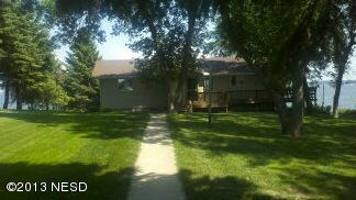 1432 S Lake Dr, Watertown, SD 57201