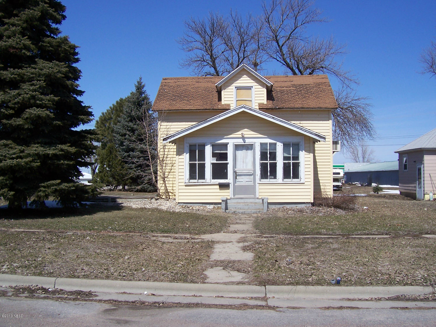 315 5TH AVE, Milbank, SD 57252