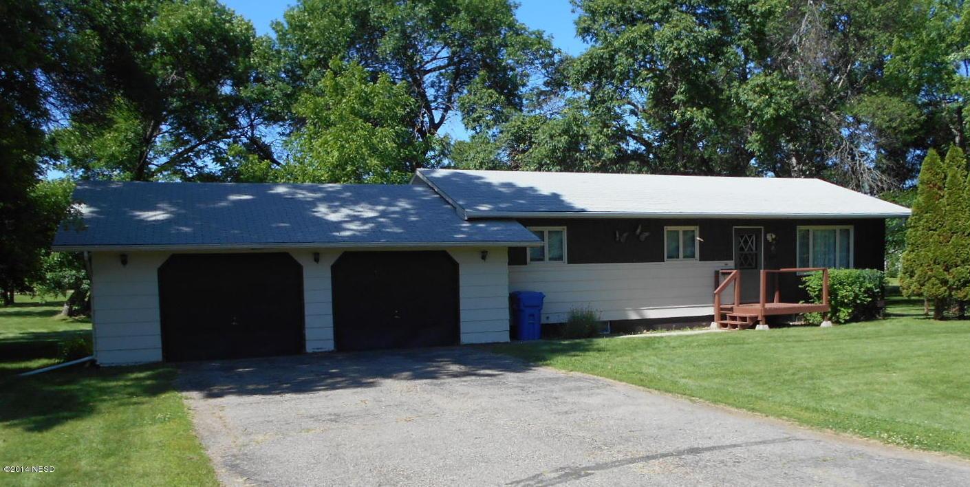 406 Cottonwood Ave, Bryant, SD 57221