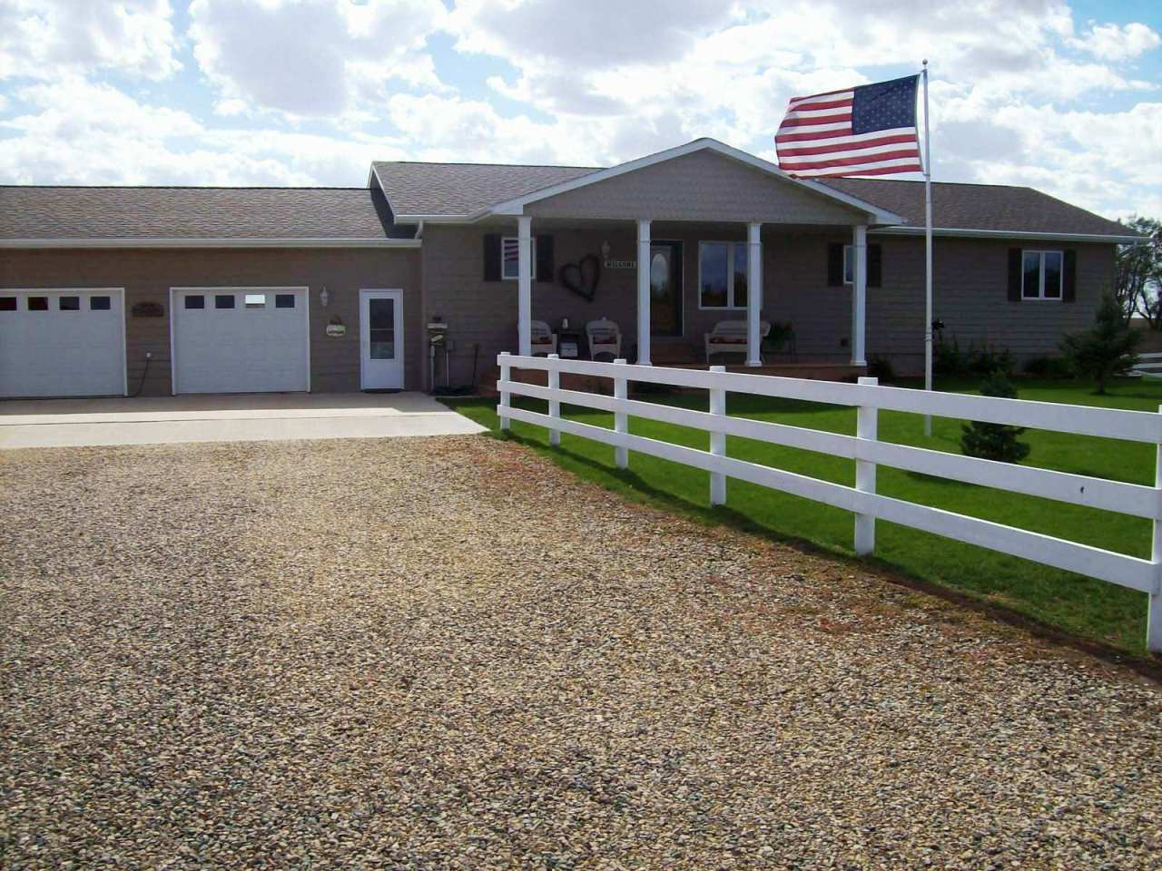 45491 184th St, Castlewood, SD 57223