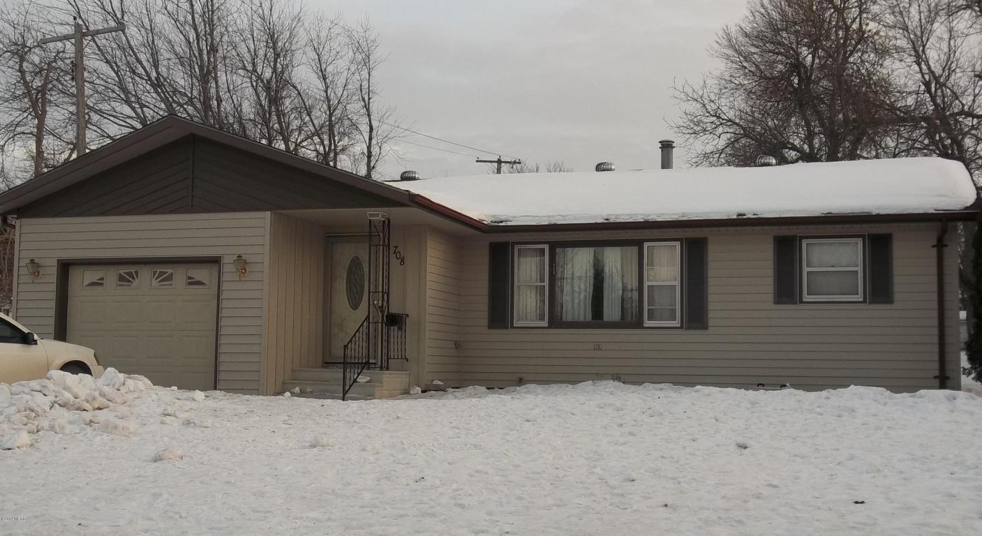 708 3rd St W, Clear Lake, SD 57226