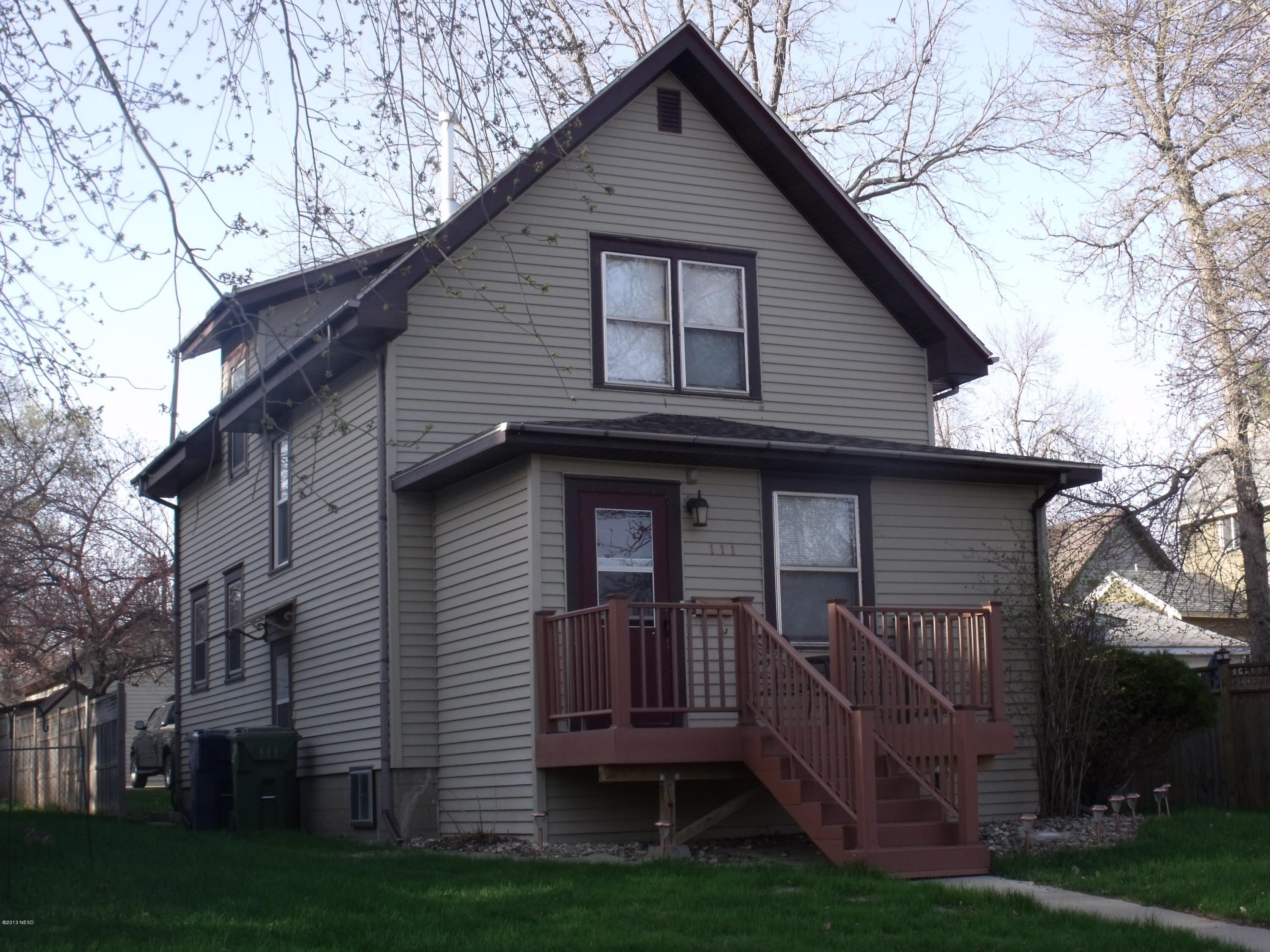 111 4 Ave, Watertown, SD 57201