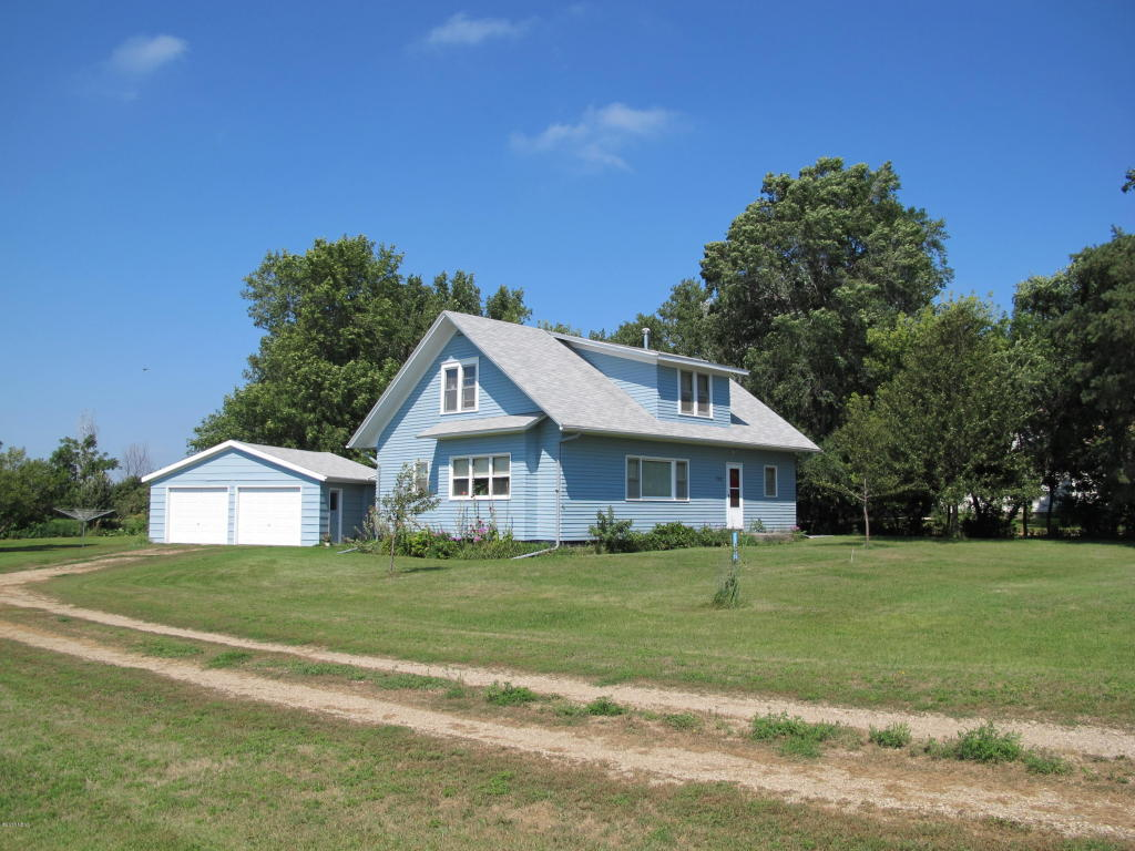 710 S Smith St, Clark, SD 57225