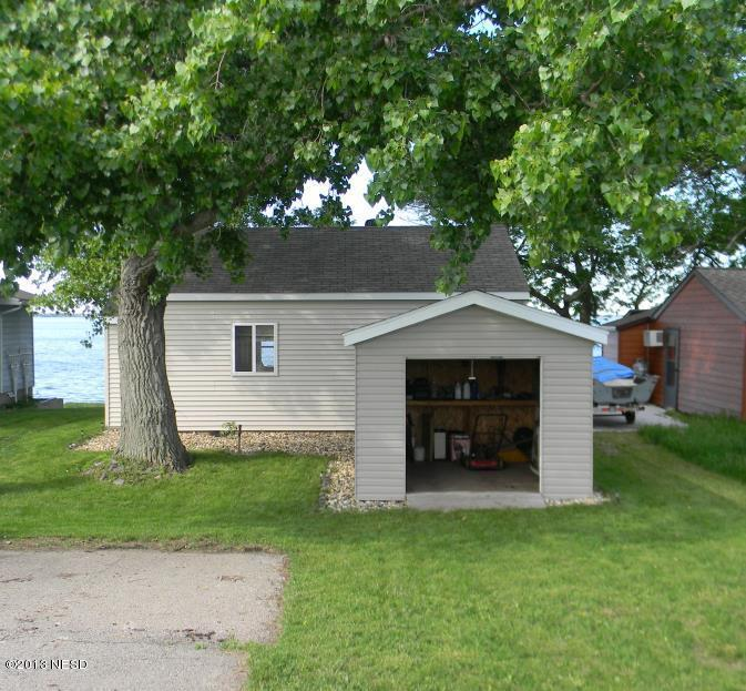 216 S Lake Dr, Arlington, SD 57212