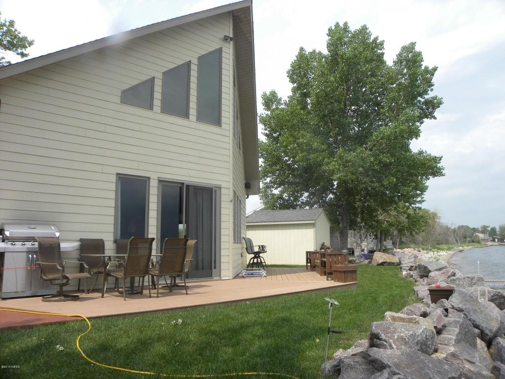 240 S Lake Dr, Arlington, SD 57212