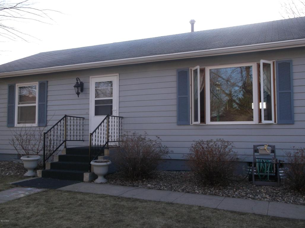 1149 Karen St, Watertown, SD 57201