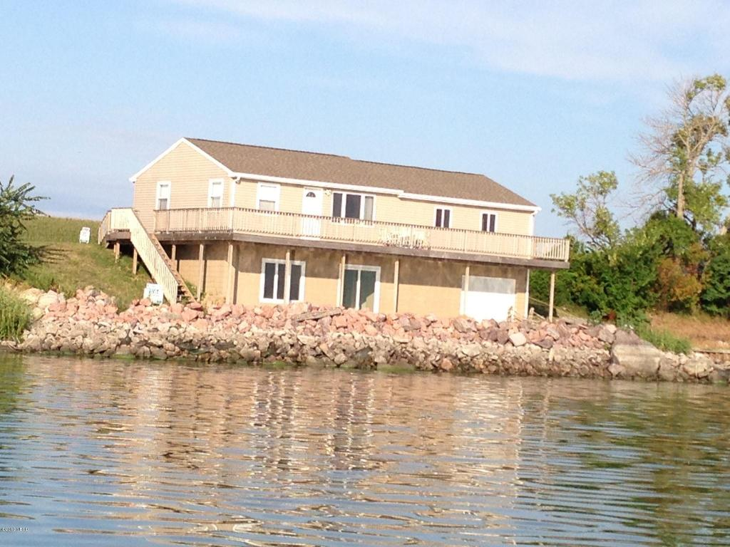 268 S Lake Dr, Arlington, SD 57212