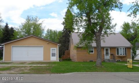 412 2ND AVE, Clark, SD 57225