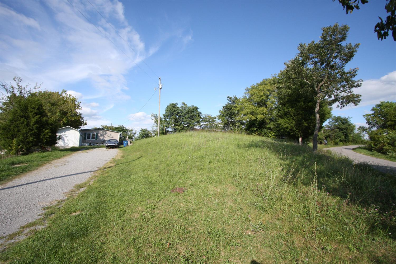 1010 Lincoln Ridge Rd, Williamstown, KY 41097
