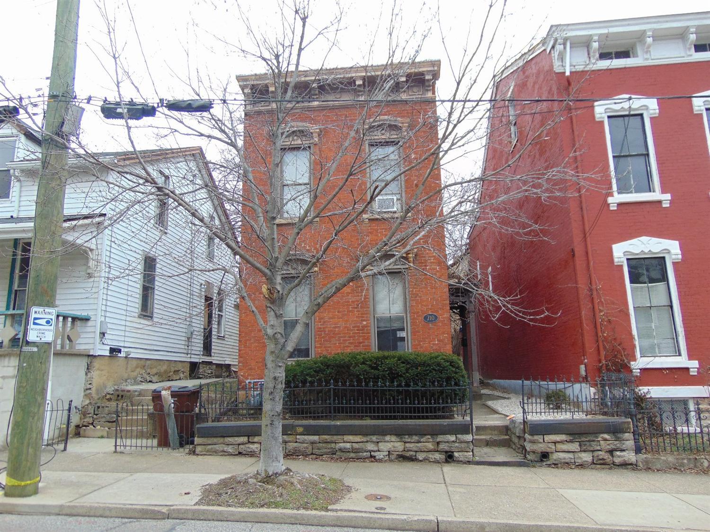 710 Philadelphia St, Covington, KY 41011
