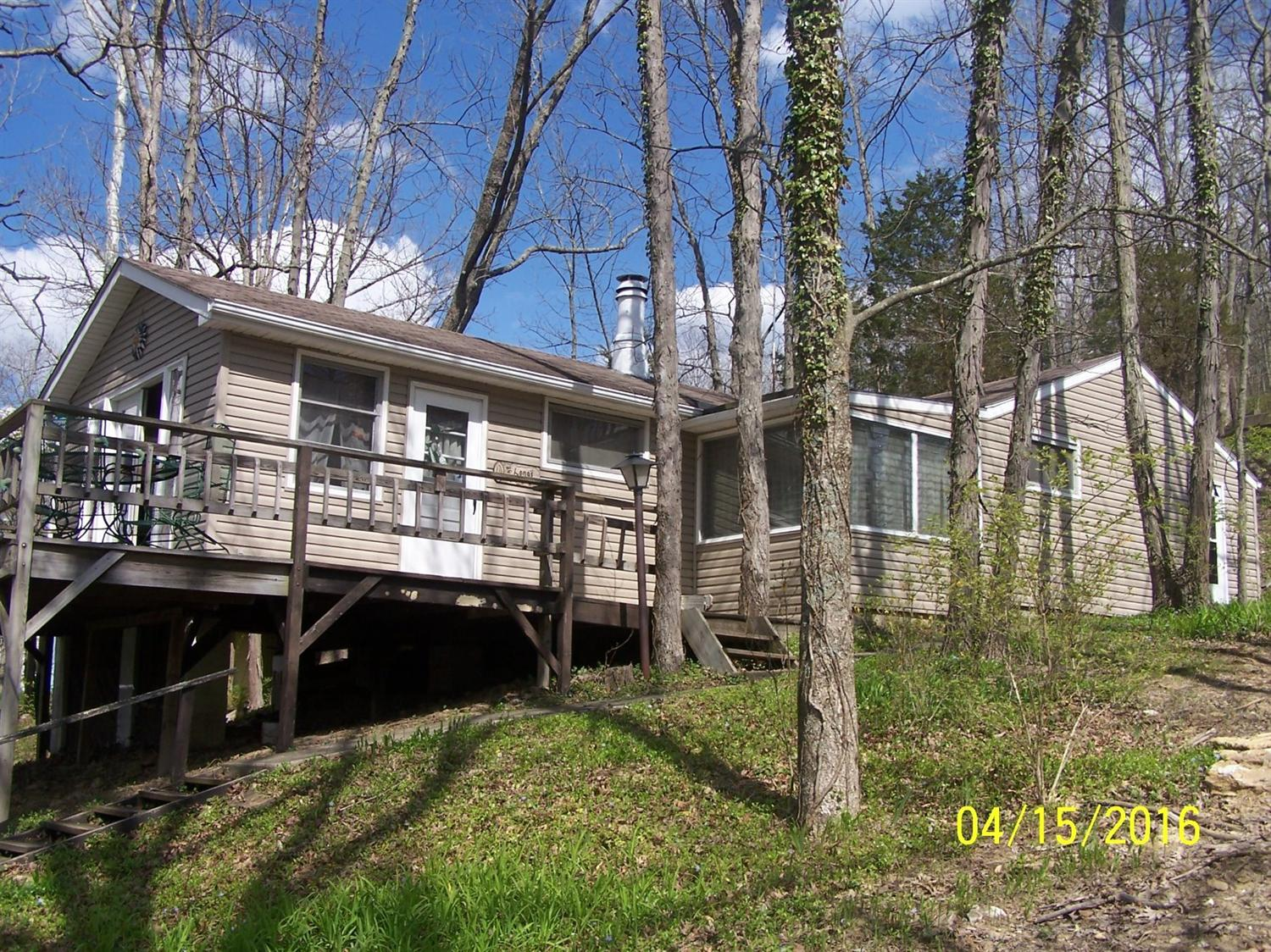 415 Highview Dr, Williamstown, KY 41097