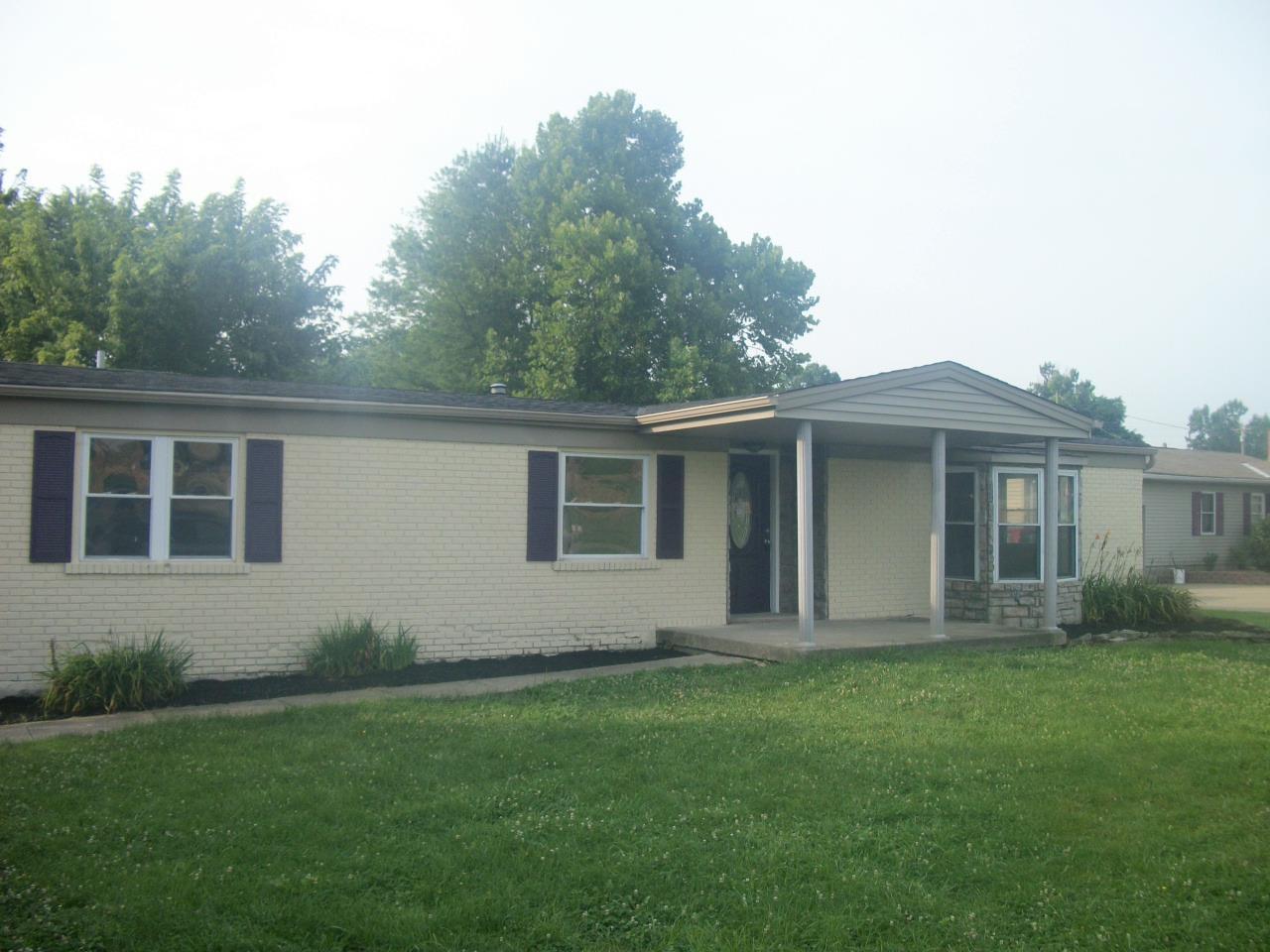 8168 E Bend Rd, Burlington, KY 41005
