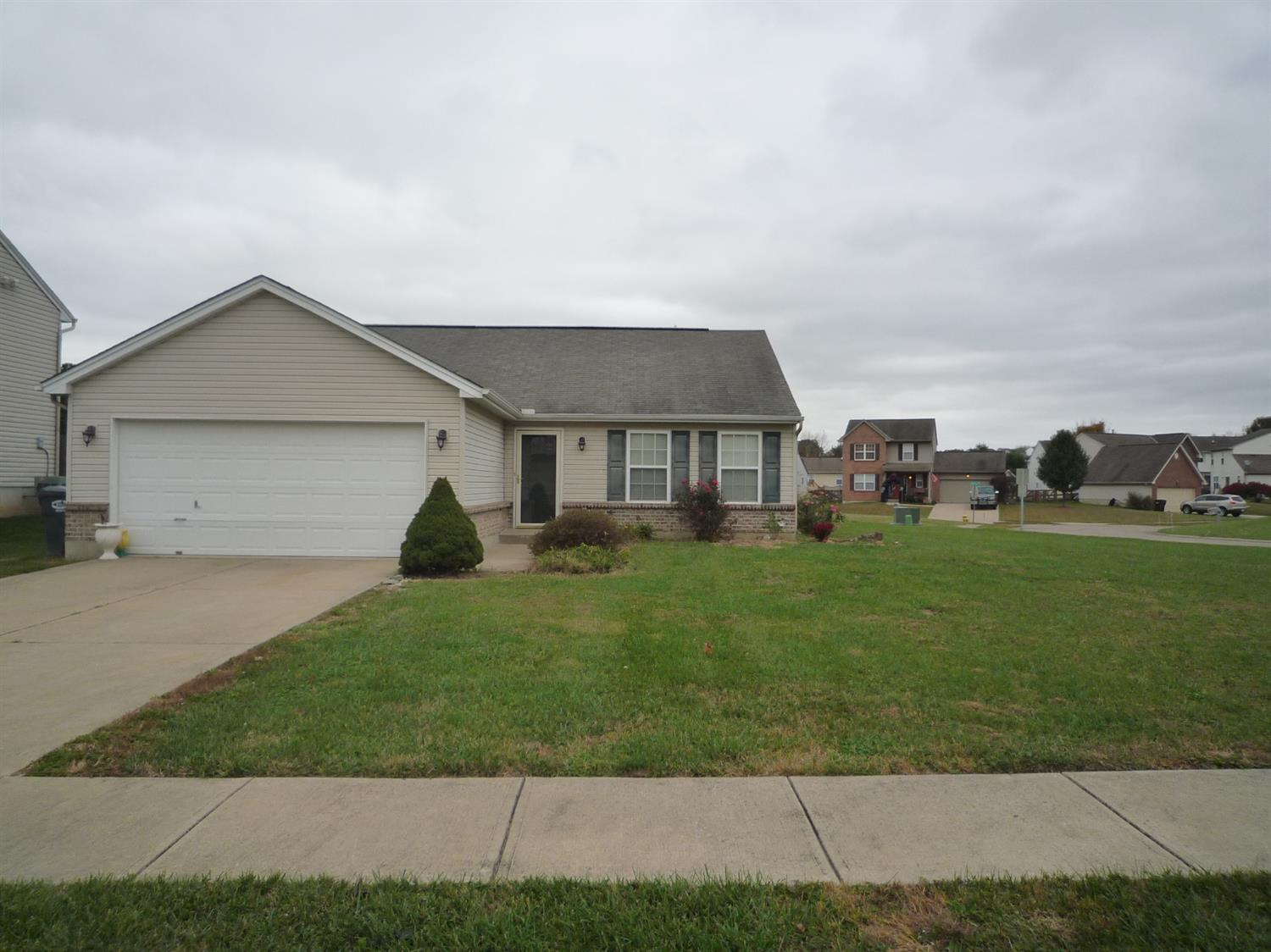 Photo of 3200 Shallow Creek Circle  Burlington  KY