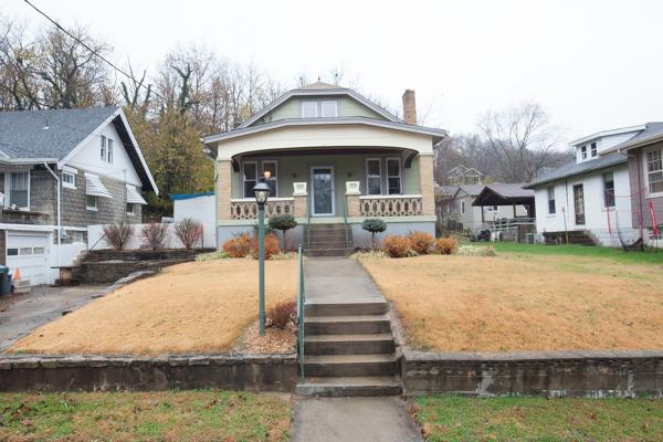 Single Family Residence, Traditional - Bellevue, KY (photo 1)
