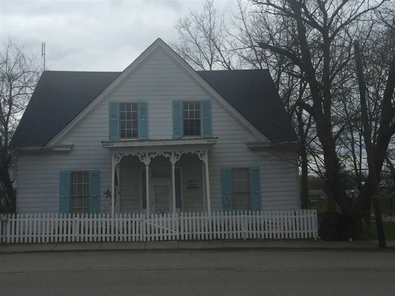 Photo of 208 N Main Street  Owenton  KY