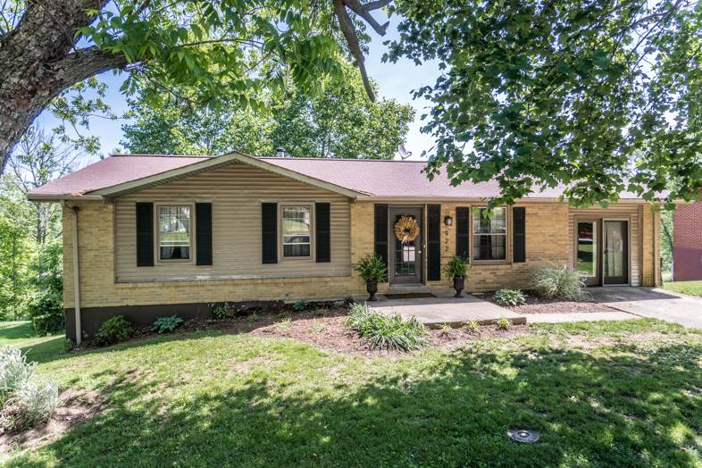 Photo of 922 Mayflower Court  Independence  KY