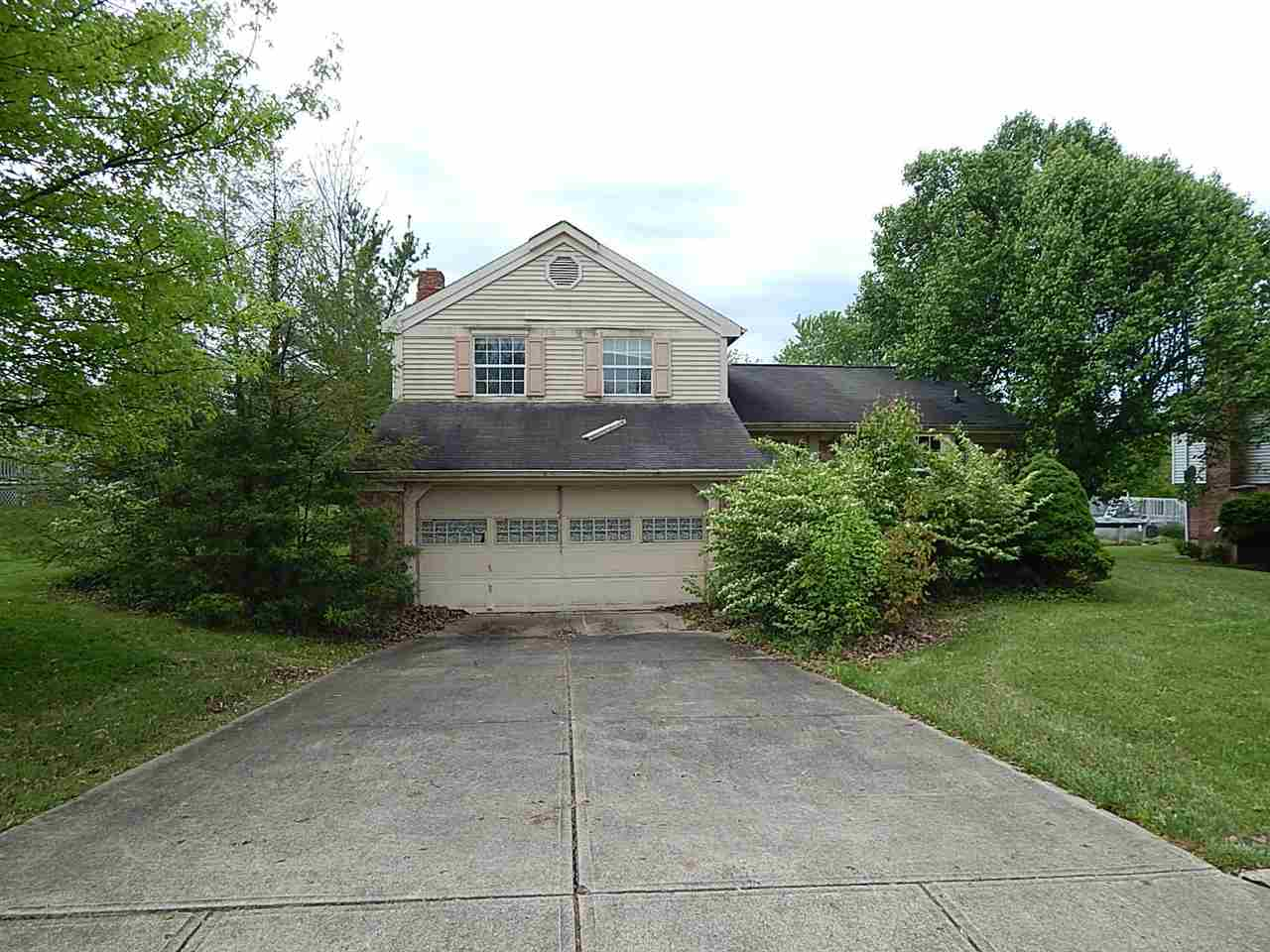 Photo of 105 Stonegate Drive  Alexandria  KY