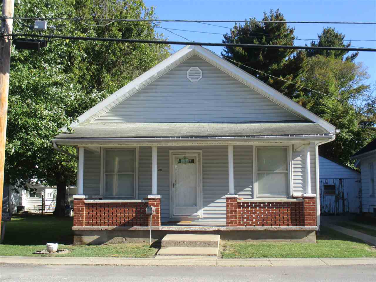 Photo of 208 2nd  Falmouth  KY