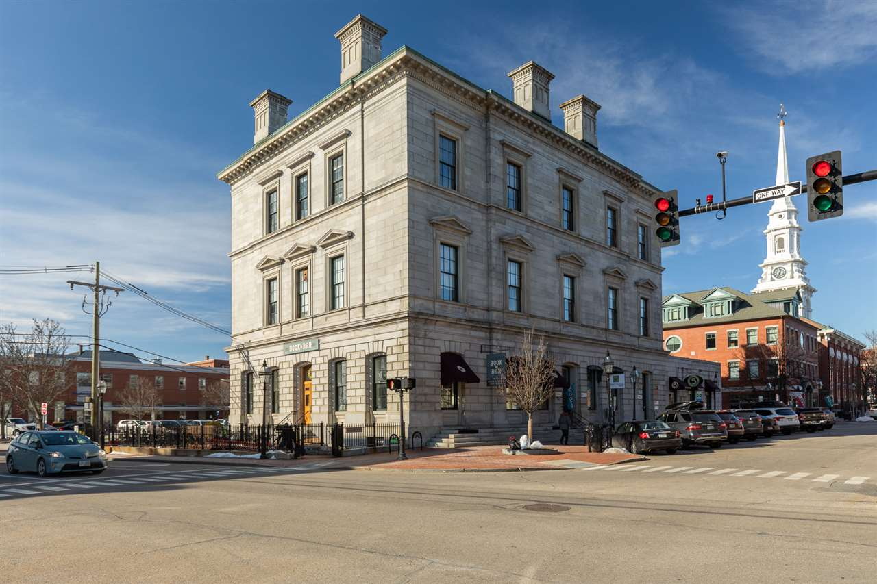 primary photo for 40 Pleasant Street 3rd Floor Space with Mezzanine, Portsmouth, NH 03801, US
