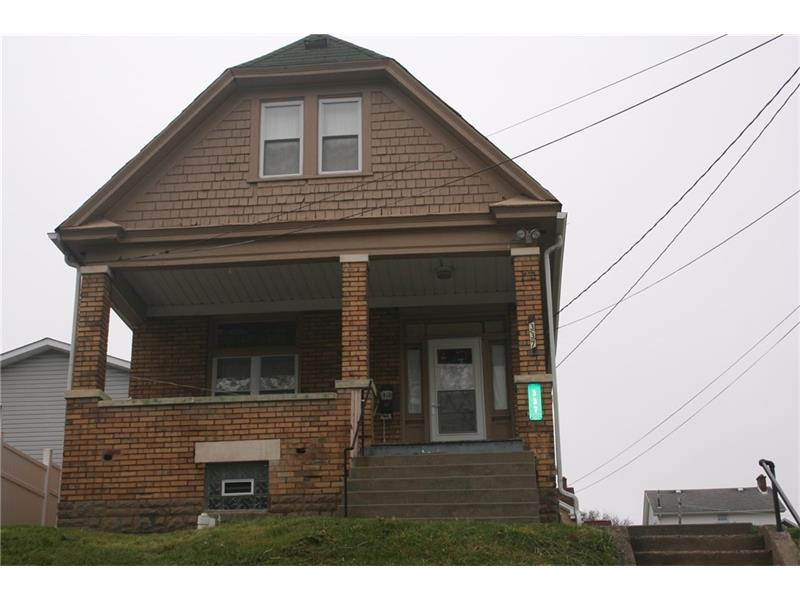 337 Maxwell Ave, Springdale, PA 15144