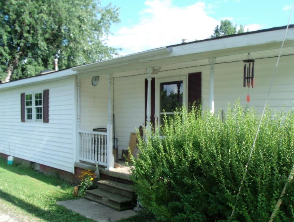 9190 Maple St Sw, Stoutsville, OH 43154