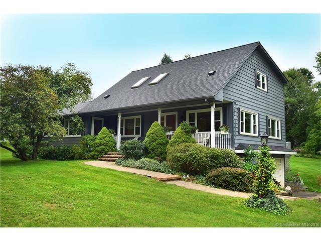 2 Mount Vernon Dr, East Granby, CT 06026