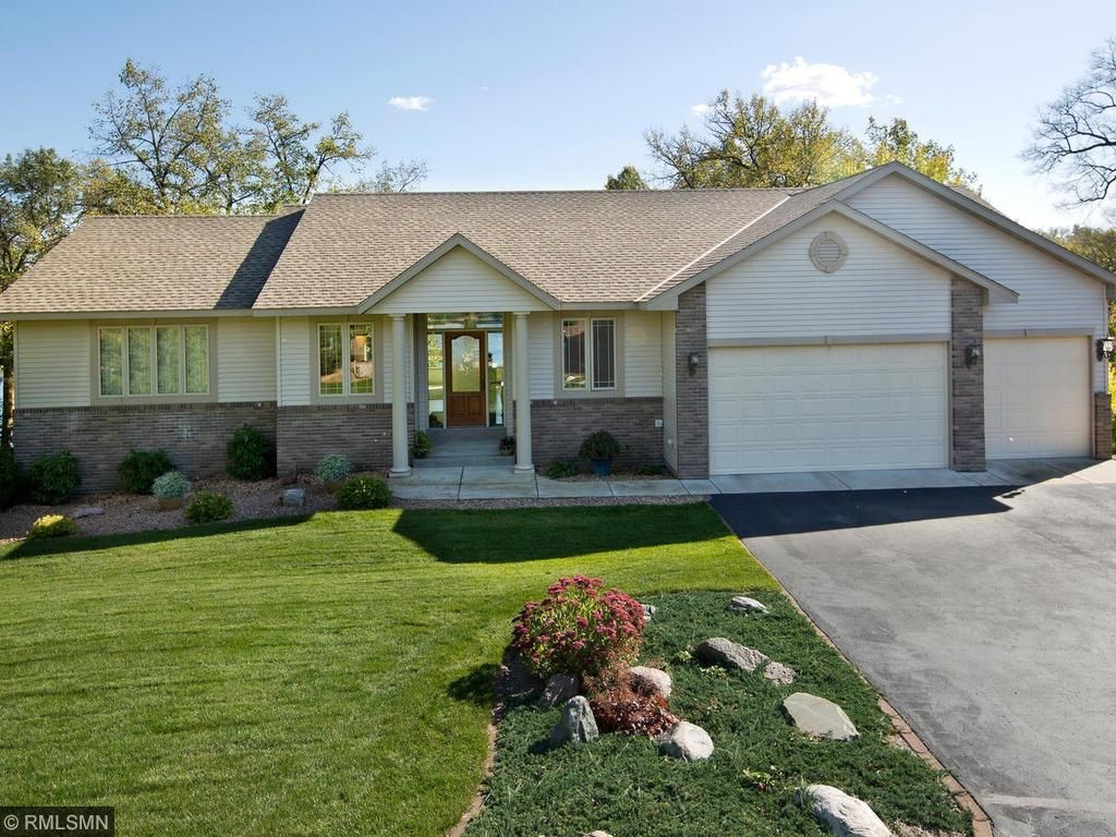 6707 Aspenwood Ct, South Haven, MN 55382