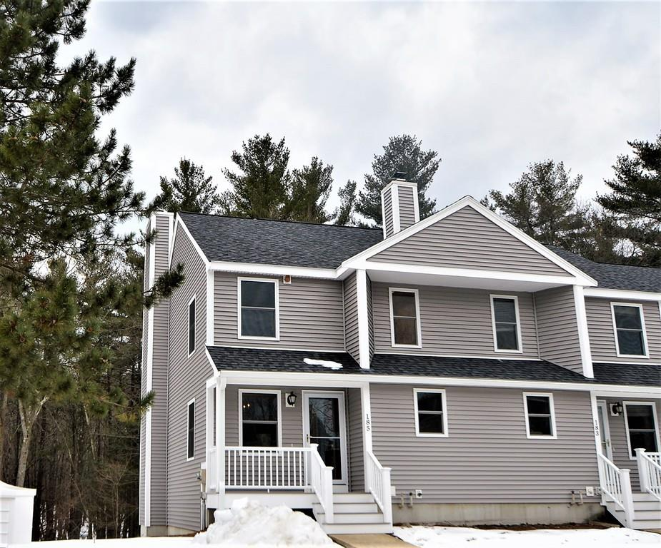185 Bayberry Hill Ln, Leominster, MA 01453