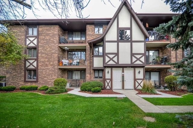 10516 Ridge Cove Dr # 38c, Chicago Ridge, IL 60415