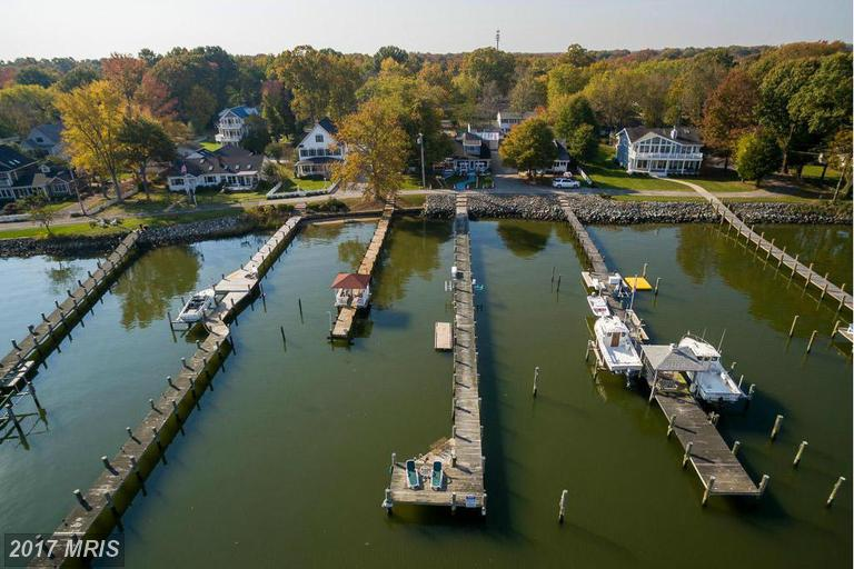 1005 Back Bay Beach Rd, West River, MD 20778