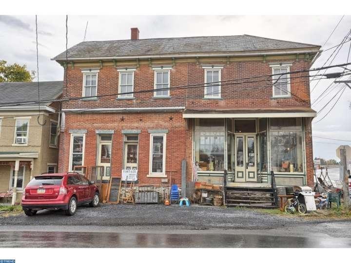 1539 Krumsville Rd, Lenhartsville, PA 19534